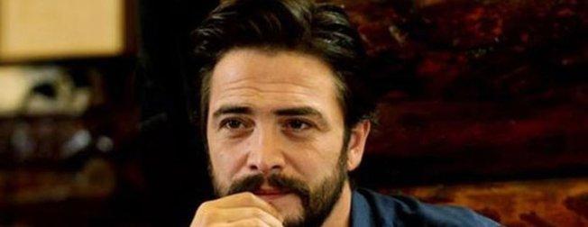 Ahmet Kural hayranları şokta! Sıla'nın yeni imajına karşılık Ahmet Kural'ın Ayhan Işık stili!