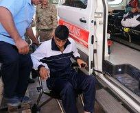 Sınırda askeri araç devrildi: 2 yaralı!