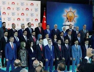 İşte il il Cumhurbaşkanı Erdoğan ile AK Parti Milletvekili adaylarının fotoğrafları