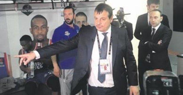 Ergin Ataman iki yıl daha yuvada kalacak