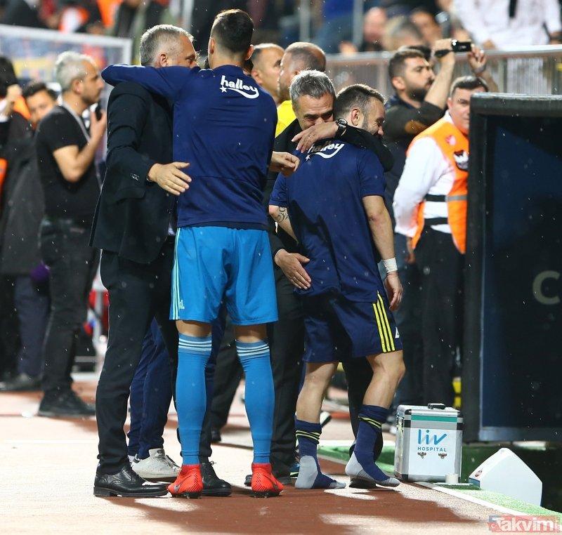 Fenerbahçe'ye Şampiyonlar Ligi şoku (Son dakika Fenerbahçe transfer haberleri)