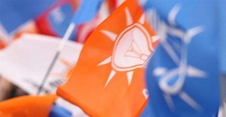 AK Parti'li iki vekil trafik kazasında yaralandı