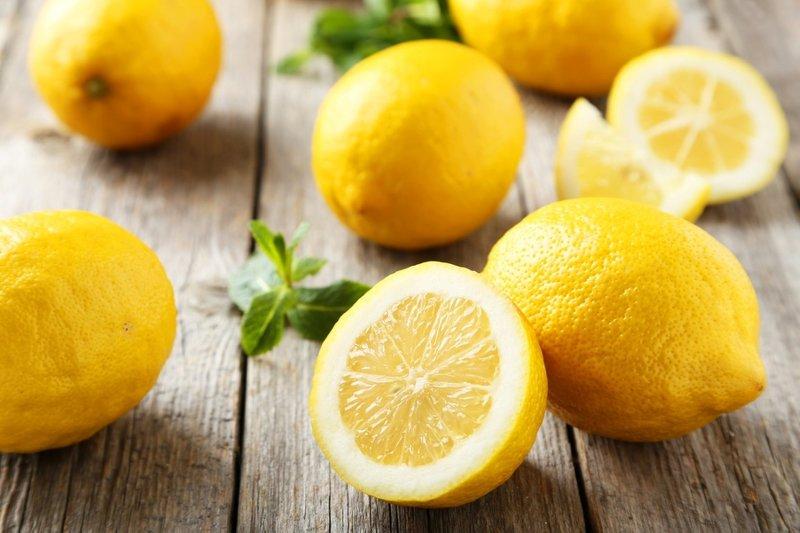 Ayda 10 kilo verdiren haşlanmış limon diyeti