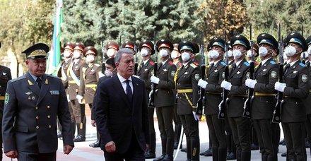 SON DAKİKA: Türkiye ile Özbekistan arasında imzalar atıldı!