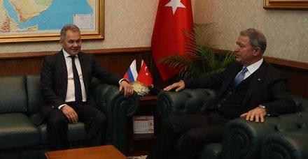 Ankara'daki kritik görüşmenin ardından Bakan Akar'dan flaş açıklama