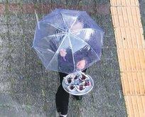 Şemsiyeli çay servisi