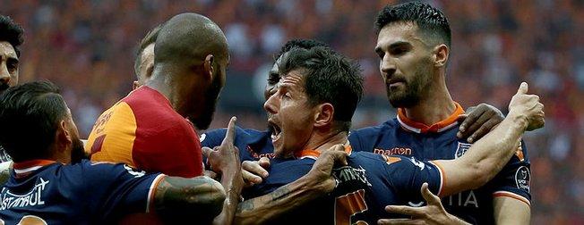 Galatasaraylı Marcao Emre Belözoğlu'nu hedef aldı: Korkaksın
