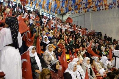 Şırnakta Erdoğana görkemli karşılama