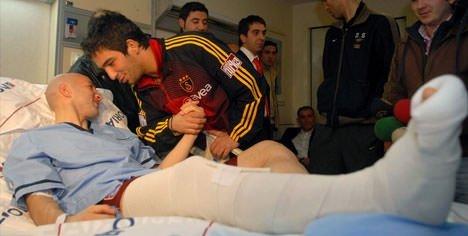 Ayağı kırılan futbolcular