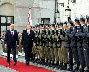 Polonyaya giden Erdoğana bandodan sürpriz