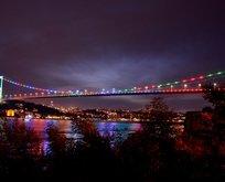 İstanbul'un köprülerinde görsel şölen