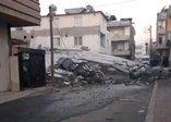 Mersin'de facia ucuz atlatıldı! 5 katlı bina çöktü