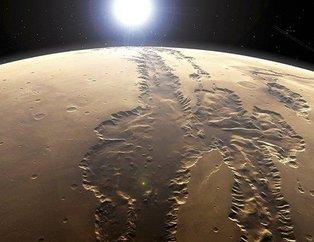 Mars'ın esrarengiz fotoğrafları kafaları karıştırdı