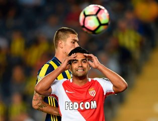 Galatasaray'da Falcao transferinde şoke eden iddia! KAP açıklaması beklenirken...