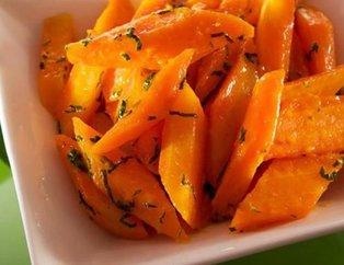 Lezzeti ile ünlü zeytinyağlı havuç yemeği tarifi!