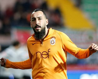 Galatasaray'a golcüsünden kötü haber!