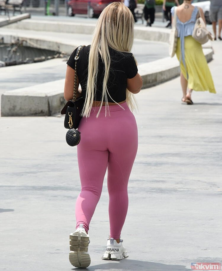 Kim Kardashian's butt-to have done it!!! See You In Kosovo With Lady Gaga!