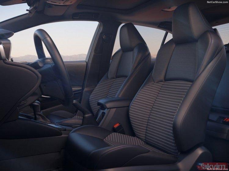 Türkiye'de üretilen ilk hibrit sedan Corolla düzenlenen lansmanla resmen tanıtıldı