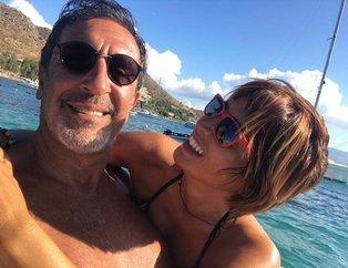 Cem Özer ifşa sonrası eşi Pınar Dura ile el ele! Canlı yayında tüm gerçekler ortaya dökülmüştü...