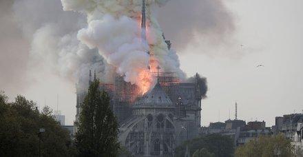 Çavuşoğlu, Paris'teki yangınla ilgili açıklama yaptı