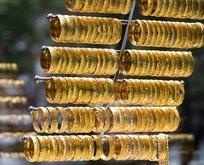 Son 5 yılın en kötüsü! Uzmanlardan altın fiyatları için dikkat çeken tahmin! Sarı metal takılıp kaldı!