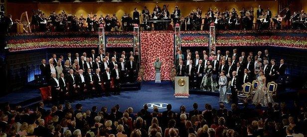 Nobel ödülleri törenle sahiplerine verildi