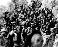 Bu fotoğrafları ilk kez göreceksiniz! Çanakkale'de Türk askerleri...