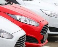 İkinci el otomobil fiyatları düştü! Araba alacaklara flaş uyarı!