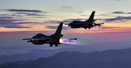 Son dakika: Irak'ın kuzeyinde PKK'ya Pençe-Kaplan darbesi