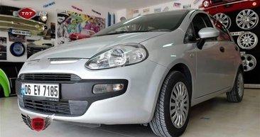Fiat Punto'nun son halini gören sahibinin ağzı açık kaldı! Yılların Punto'suna bunu yaptılar