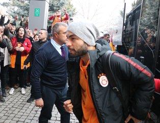 Bolu'da Galatasaray izdihamı! Taraftarlardan coşkulu karşılama
