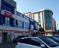 İSMEK'i kapattıkları binada İSPER hala açık