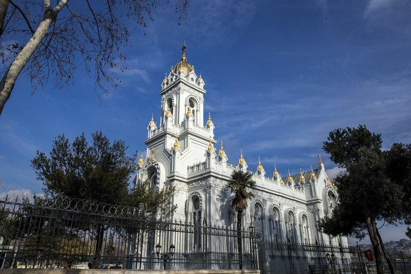 Demir Kiliseye turist akını...