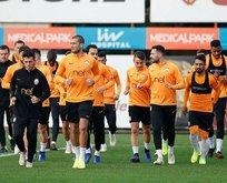 Galatasarayda Schalke maçı öncesi deprem!