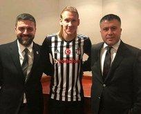 Beşiktaş yıldız ismi KAP'a bildirdi