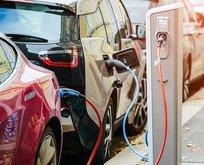 Otoda 'elektrikli' trend devam ediyor