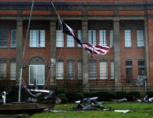 Michael Kasırgası ABDyi sarstı! Yüz binlerce kişi tahliye edildi