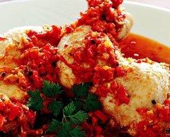 Kırmızı Biberli Ve Zencefilli Tavuk Tarifi