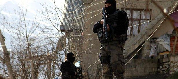Bingöl'de üst düzey PKK'lılara operasyon