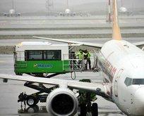 İstanbul Havalimanı'nda panik anları! Yolcu uçağı acil iniş yaptı