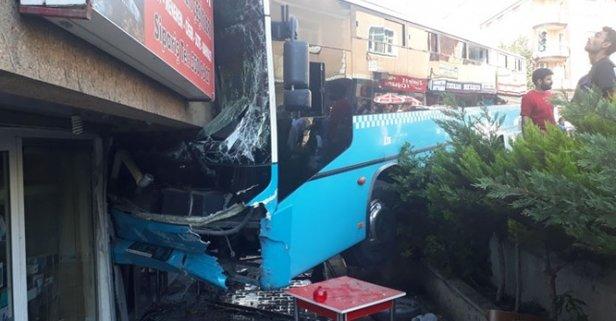 İstanbulda özel halk otobüsü binaya girdi! Yaralılar var