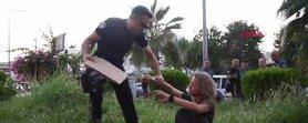 Genç kızdan polisi şok eden sözler: Onları öptüm