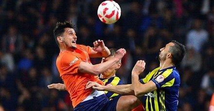Başakşehir-Fenerbahçe maçı ne zaman, saat kaçta, hangi kanalda?