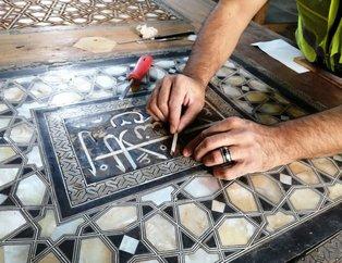 Sultanahmet Camii'nin kapıları 400 yıl sonra aynı teknikle yenileniyor: Osmanlı ne kullandıysa biz de onu kullanıyoruz