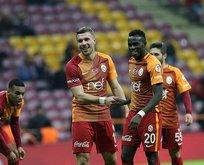 Galatasaray'ın eski yıldızı Süper Lig'e dönüyor!