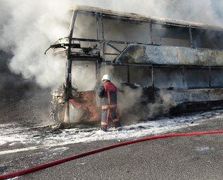 Yolcu otobüsü küle seyir halinde küle döndü