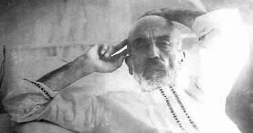 99. yılında 12 Mart İstiklal Marşı'nı kabulü: Mehmet Akif Ersoy'un hayatı ve eserleri