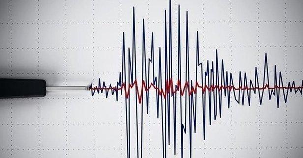 İzmir'de korkutan deprem!