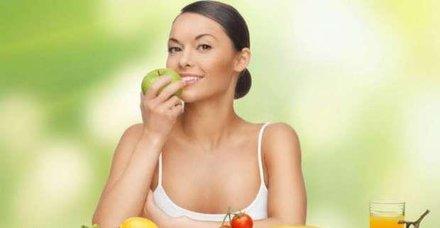 Brokoli ve elma sağlıklı zayıfla