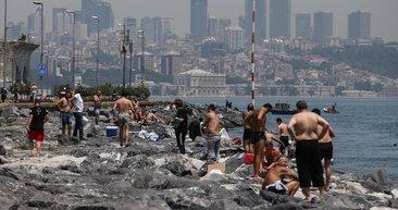 İstanbullu sıcak havayı görünce Boğaz'da serinledi